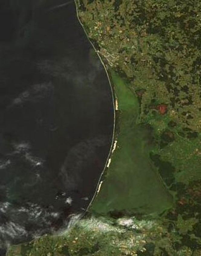 curonian_lagoon_satellite